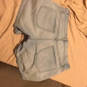 GAP Shorts - Gap sexy boyfriend shorts light jean, size: 30